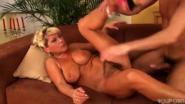 Sexually excited mature Berna likes to fuck