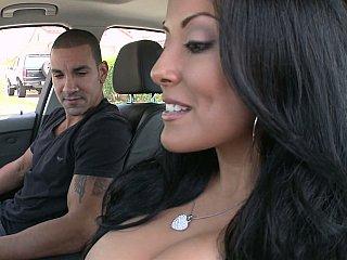 Hawt MILF Kiara Marie on a cock