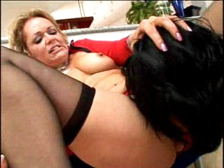 Horny older Kelly Leigh eating chap meat
