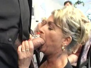 Karola quick blow n fuck